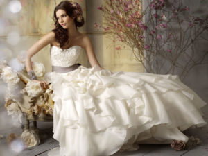 How Do I pick a Cleaner for my Wedding Gown?